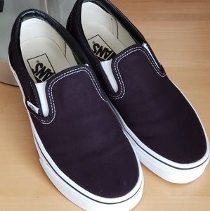 Van's Classic Black Slip-on Sneakers 7.5